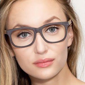 Wooden Frame Glasses 👓